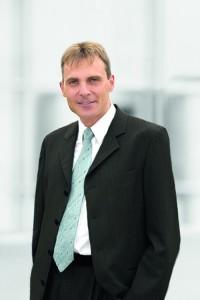 Dr Ralf Weller--200x300 in Geschäftsführerwechsel innerhalb der Project Investment Gruppe