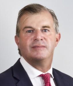 Taylor-Sean-254x300 in DEAWM mit neuem EM-Aktienchef