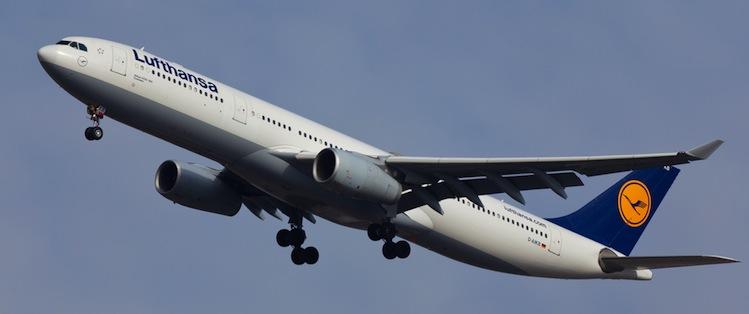 Flugzeuge-lufthansa in Lufthansa-Aktionäre stimmen Staatseinstieg zu