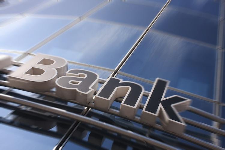 Banken: Vertrauen der Kunden kehrt zurück