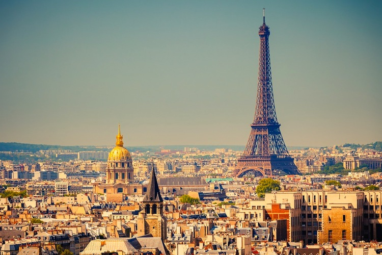 Paris-frankreich in Columbia Threadneedle über Frankreich-Wahl besorgt