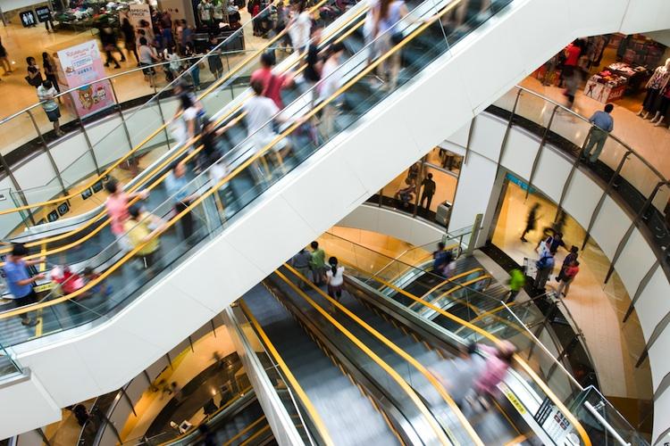Immobilienspezialfonds von Real I. S. Investment kauft Einkaufszentrum