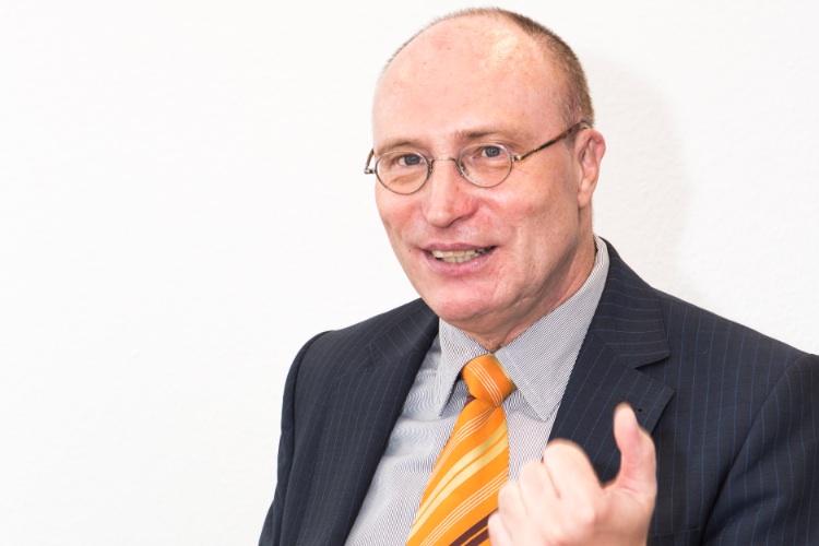 Manfred-Schlumberger-BHF-Trust in Schlumberger geht zu Berenberg