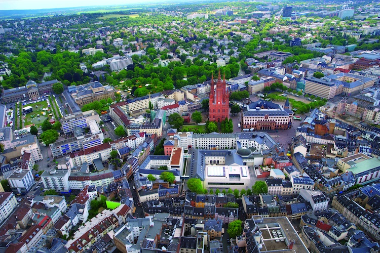 Project-Immobilienfonds erwerben Grundstück in Wiesbaden