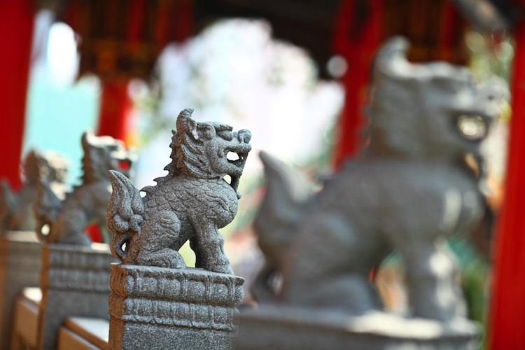 China-Statuen-750 in Barings darf Renminbi-Papiere handeln