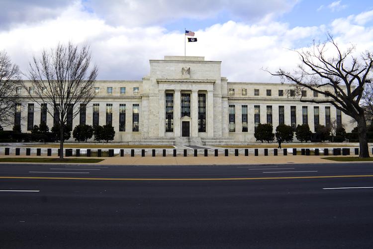Fed-750 in Fed fordert dickere Kapitalpolster für Banken