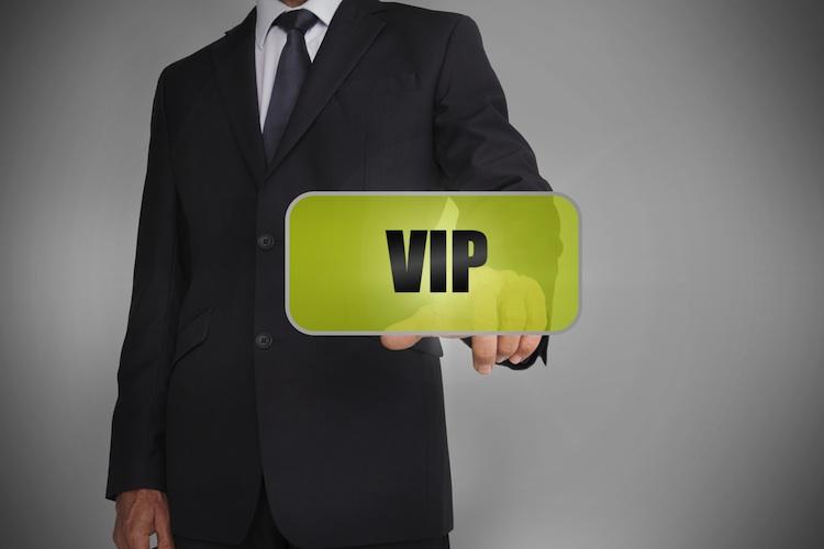 Maklerbetreuung: Universa verbessert VIP-Service für Vertriebspartner