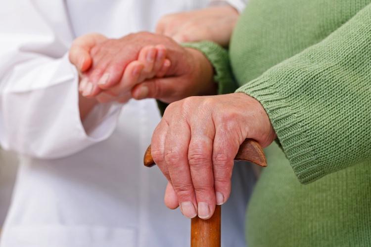 Pflegezusatzversicherung: Deutsche sorgen nicht vor