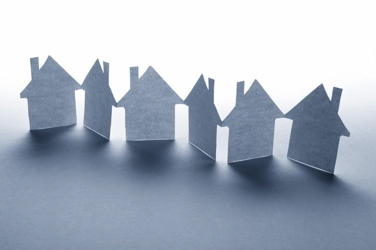 Haus-reihe-750-shutt 27891556 in EPX: Anstieg der Immobilienpreise setzt sich fort