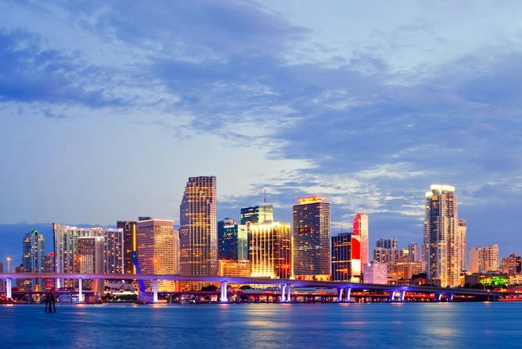 Shutterstock 142411672 in Wealthcap und BVT: Verkauf von vier US-Immobilien
