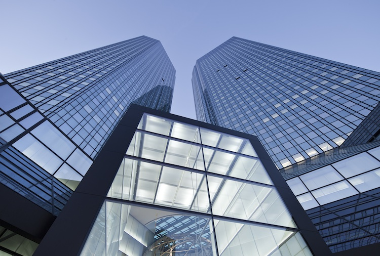 DBZentrale750 in DeAWM handelt 2,2 Milliarden Euro in Immobilien