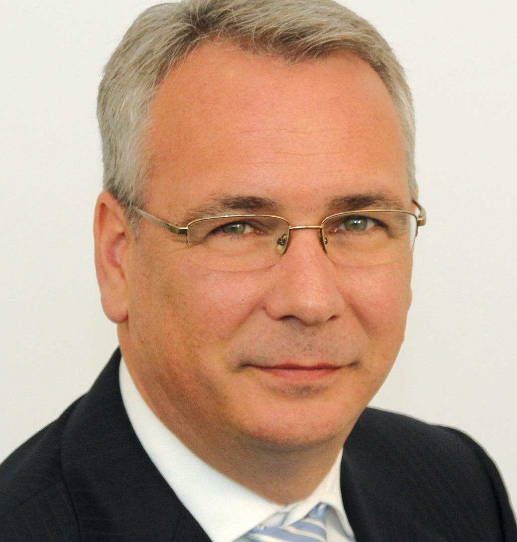 Dirk Fassott ist seit 2005 in unterschiedlichen Funktionen für die WWK tätig.