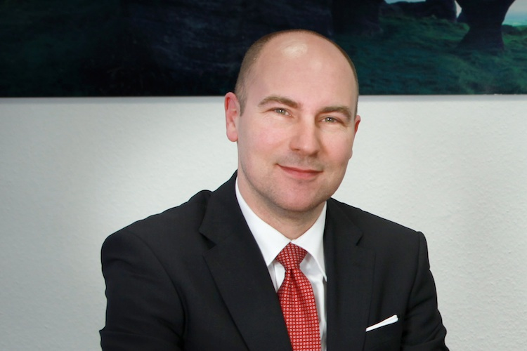 Oliver-Lang-BCA in BCA: Makler-Offensive in der Gewerbesparte