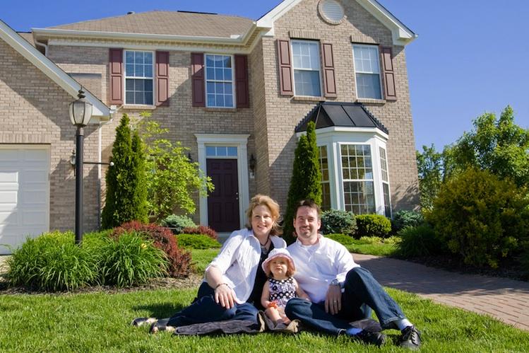 Haus-familie-750-shutt 13233103 in Bestandsimmobilien stark im Trend - LBS und Sparkassen vermitteln Rekordvolumen