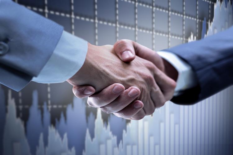 Hand-shake-7501 in Investec setzt auf Multi Asset