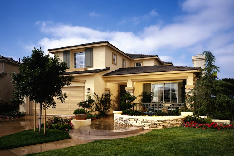 Luxusimmobilie Shutterstock Gro 134743988 in Vermögende interessieren sich zunehmend für Immobilien