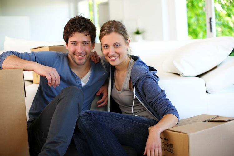 Wohnimmobilie-Paerchen in Frauen deutlich unzufriedener mit Wohnsituation als Männer