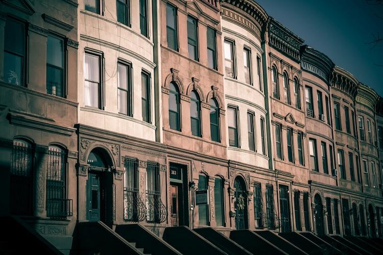 Wohnimmobilie Shutterstock Gro 124099555 in JLL: Finanzierungsindex fällt leicht