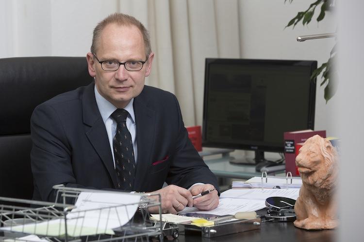 Zacher-RA in Aufsicht für 34f-Vermittler: Kein Automatismus in Richtung Kreditwesengesetz