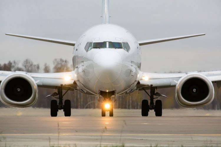 Shutterstock 116482426 in Dr. Peters: Fast 60 Millionen Euro für Flugzeug-Investoren