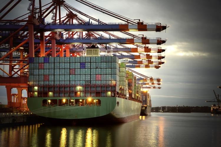 Shutterstock 127540523 in DFR: Zahl der Schiffsverkäufe deutlich gestiegen