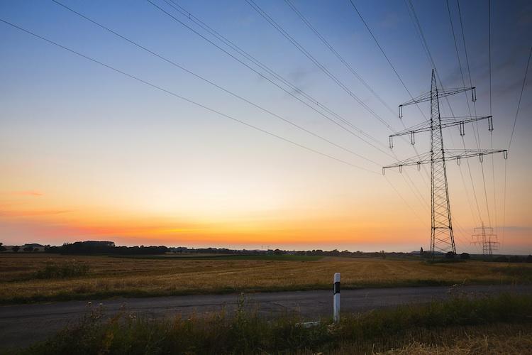 Energie Shutterstock Gro 155710703-Kopie1 in Energetische Sanierung auch ohne steigende Mieten möglich