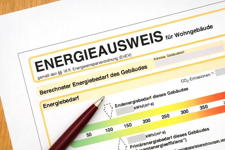 Energieausweis Shutterstock Gro 84126280-Kopie in Immobilienanzeigen müssen Energiedaten enthalten