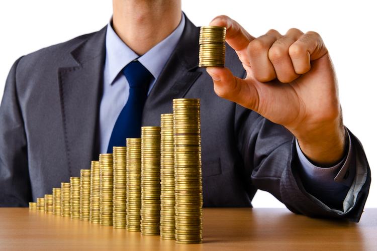 Geld in Comdirect: Jeder Fünfte spart bis zu einem Jahr für Urlaub