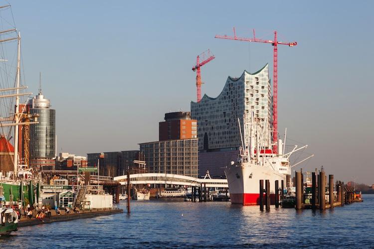 Hamburg Shutterstock Gro 184569488-1-Kopie-2 in Vorbild Hamburg: Sinkende Mieten durch Neubau