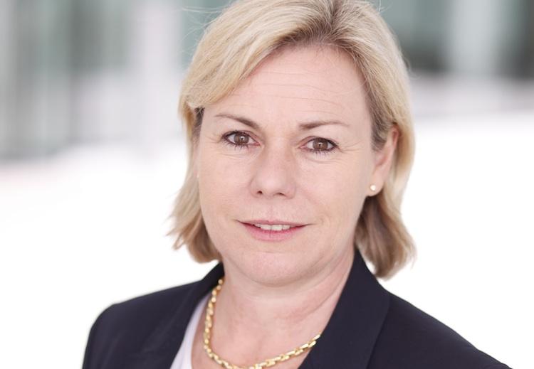 Pioneer-Evi-Vogl-CEO750 in Pioneer-Fonds mit regelmäßiger Ausschüttung knackt Milliarden-Grenze