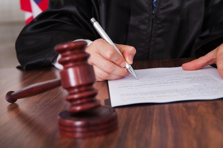 Urteil Shutterstock 148465085-Kopie in BGH-Urteil zu Rechten des Mieters bei Brandschaden