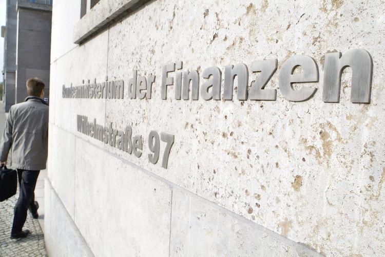 Bundesfinanzministerium in Bundesregierung ruft Medien zur Herausgabe von Paradise Papers auf