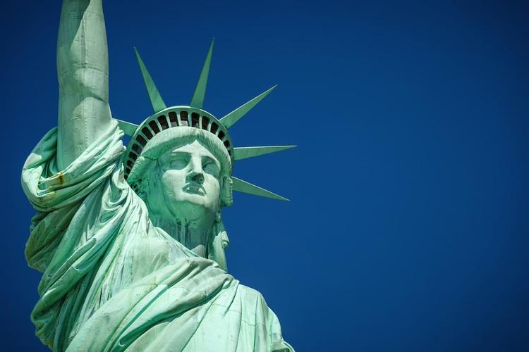 Freiheitsstatue Shutterstock 111338309-Kopie in Engel & Völkers eröffnet Büro in New York