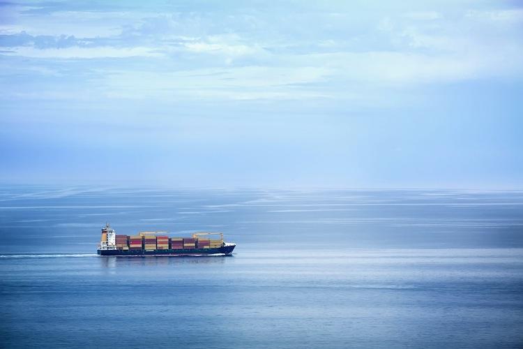 Shutterstock 162281585 in Oltmann setzt weiter auf Secondhand-Schiffe