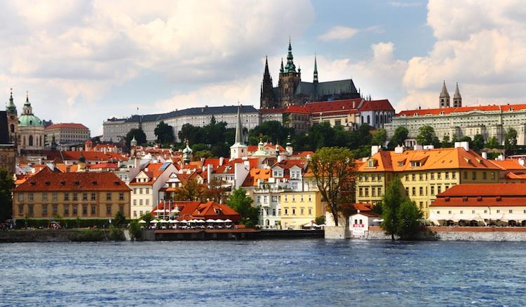 Prag1 in Atradius: Osteuropas Firmen zahlen pünktlicher