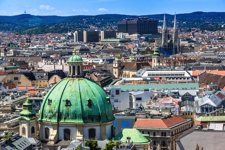 Wien Shutterstock 174183347 Gross-Kopie-2 in Soravia saniert altes Postgebäude in Wien