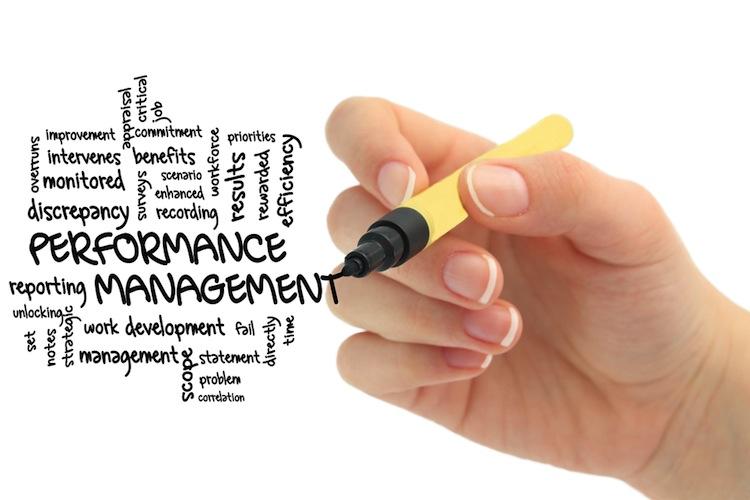 Shutterstock 153440756 in Performance-Bericht statt Leistungsbilanz