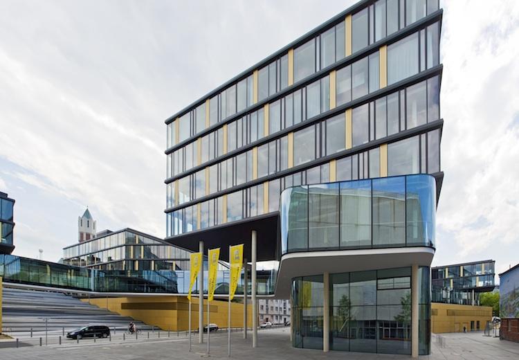AachenMuenchener-Direktion in Aachen Münchener bringt neues Rentenprodukt