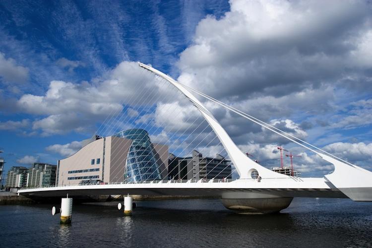 Beckett-Bridge in Neuer Asset Manager startet mit Infrastruktur-Fonds