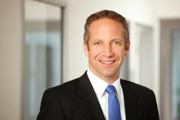 Makler-Vermittler-Porazik in Fonds Finanz und 1860 München verlängern Partnerschaft
