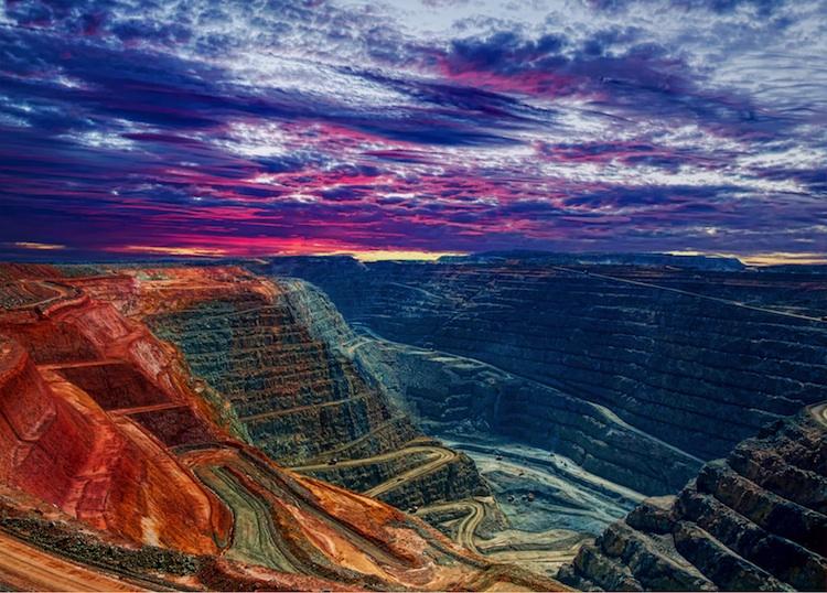 Mine in Rohstoffe vor massiver Verteuerung
