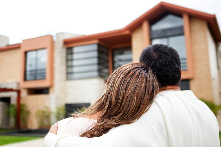 Haus Shutterstock 103402622-Kopie in Vorzeitiger Ausstieg aus Baufinanzierung kann teuer werden