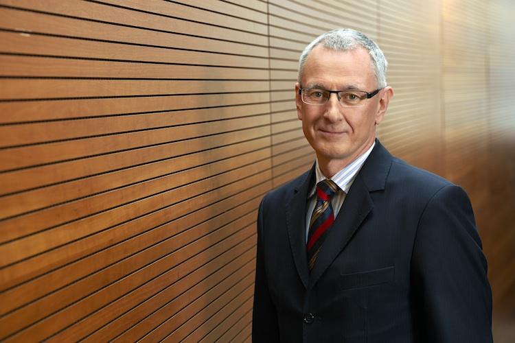 MLP-Manfred-Bauer in Versicherer glauben nicht an Renteninfoportal