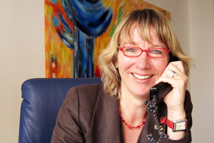 Ursula-Oelbe in BU-Absicherung: Auch den Brutto-Beitrag berücksichtigen
