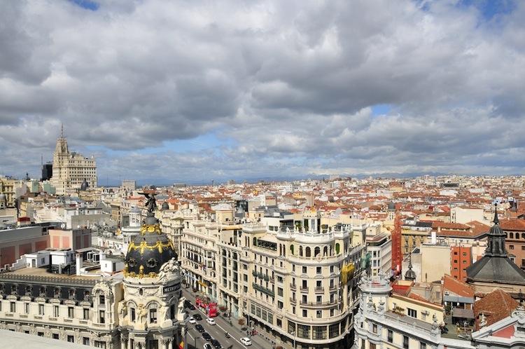 Shutterstock 134155838 in Aquila Capital: Nutzungsrecht für Hotel in Madrid erworben