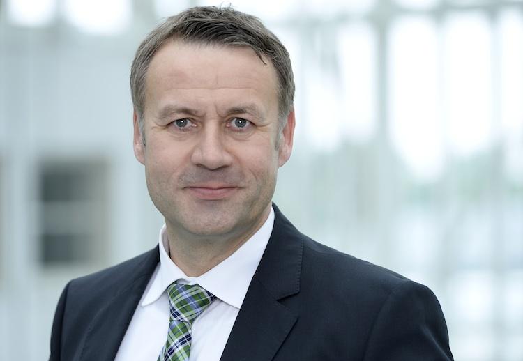 Sautter750 in Hanse Merkur übernimmt Aktienmehrheit bei CSS Versicherung