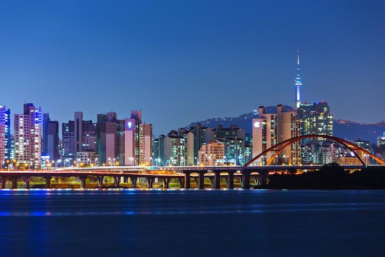 Shutterstock 166982402 in Lloyd Fonds: Erfolg in Südkorea
