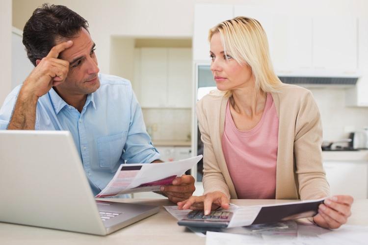 Paar-hauskauf-750-shutt 179868371 in Immobilienbesitzer nutzen Zinstief zur Entschuldung
