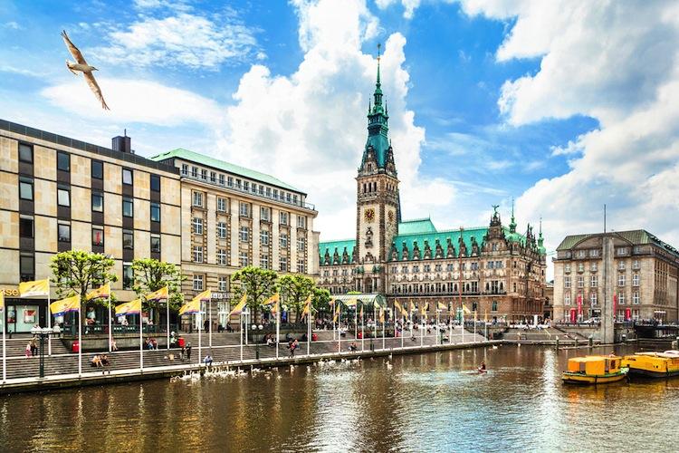 Shutterstock 170972033 in Project-Fonds investiert in Hamburg
