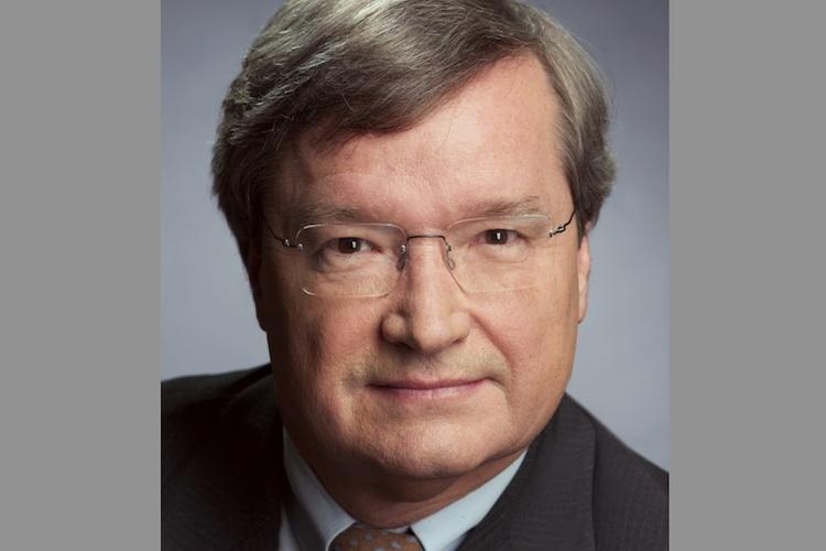 R+V: Michallet löst Neumann ab